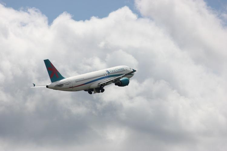 first_choice_plane_take_off_206330