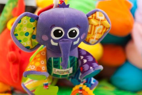 elephant_toy_203055